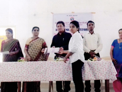 professional tours & tourism certificate course organised by history dept-guest H.O.D of BAMU university dr rajesh ragde